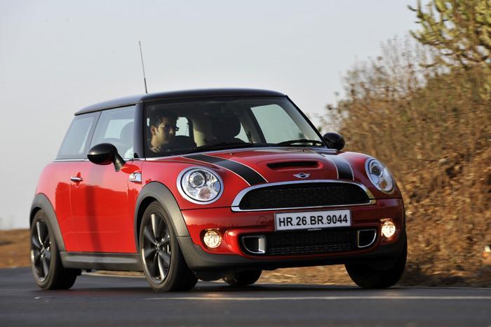 Mini Cooper In India At Rs 285 Lakhs Ex Showroom Automanix Auto